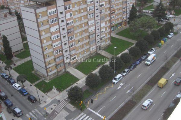 Piso en venta en avenida de Gaspar García Laviana, Gijón. REF 8419